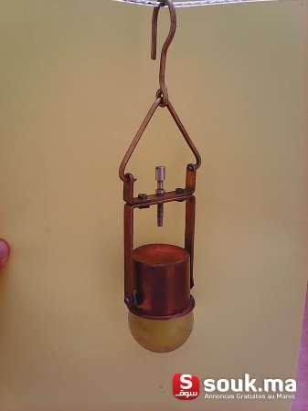 une boule de cristal couverture en cuivre agadir souk. Black Bedroom Furniture Sets. Home Design Ideas
