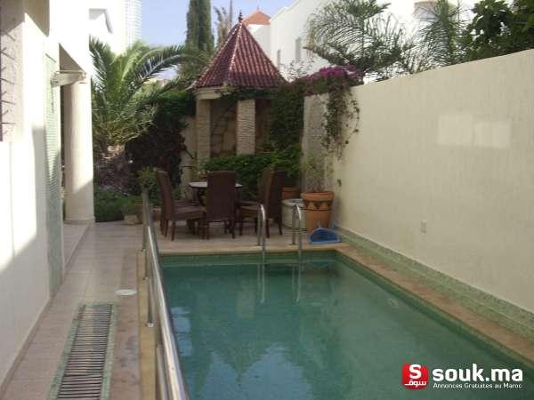 Villa a vendre avec piscine a agadir founty agadir for Villa a louer agadir avec piscine