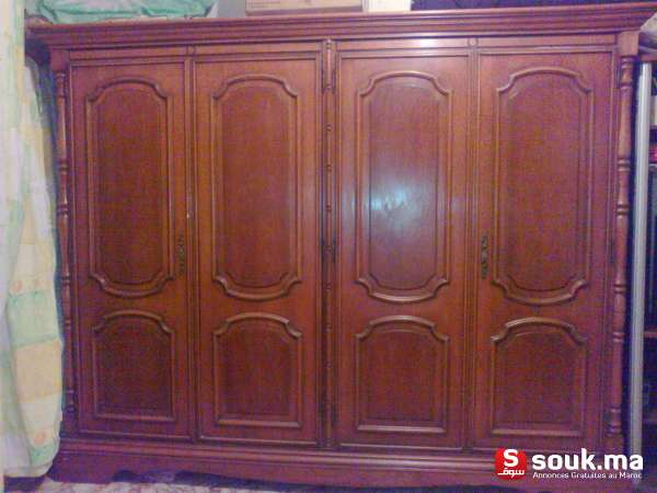 armoire 4 portes bois massif acajou casablanca souk ma. Black Bedroom Furniture Sets. Home Design Ideas
