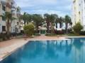 Appartement 91 m2 avec piscine au bord de mer corniche .